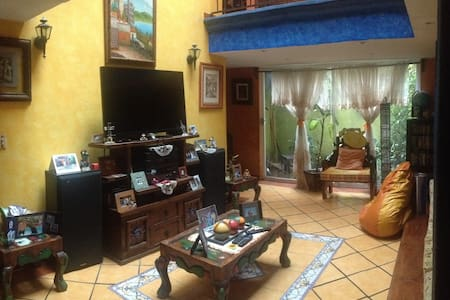 Bonita y amplia Casa estilo Colonial en XOCHIMILCO - Mexico - Maison