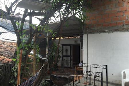 Más que una Habitación, un hogar - Cartago - Huis