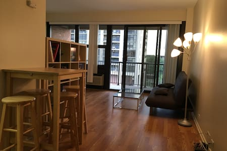 Stunning clean apartment in TOP Location. - Wohnung