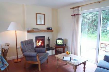 Glenbeg Point - 3BR Apartment