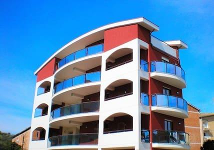 Monolocale in Residence a 100 mt dal mare - Apartamento