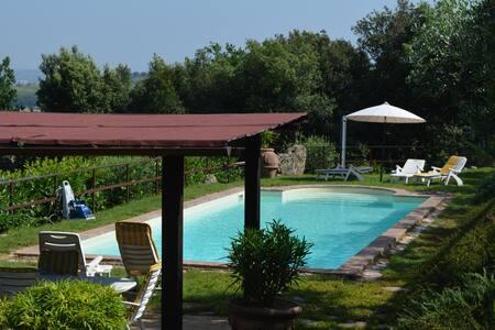 Beautiful home In Torgiano south of Perugia - Torgiano