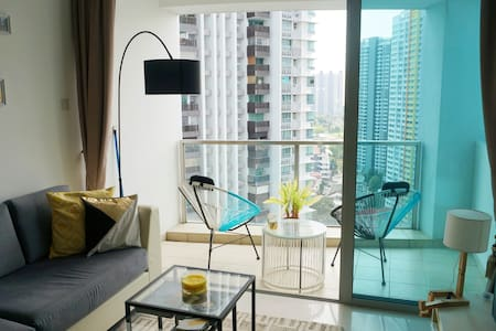 Bright and airy 2 bed apartment in Tiong Bahru - Singapur - Daire