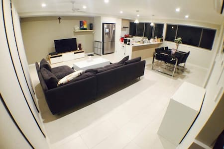 Your Own Private Room -sunnybank - Coopers Plains - House