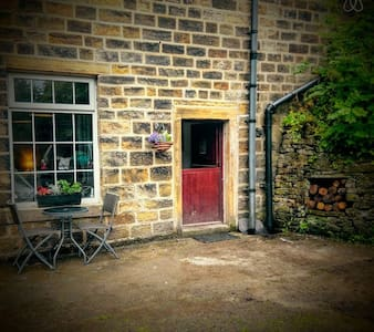 1 Bed Industrial Chic Mill Cottage - Luddenden Foot - Casa