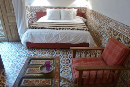 Spacious Suite 3pers center medina - Essaouira - Bed & Breakfast