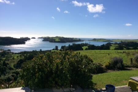 Pohutukawa Cottage -Pataua South NZ - Ev