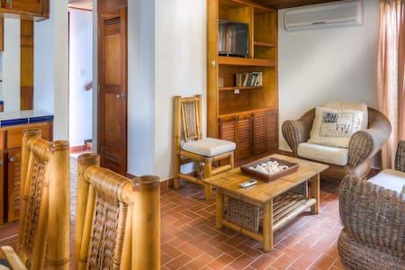 Villa Fornells on Galeon Beach has a pool (5) - Contadora - Villa