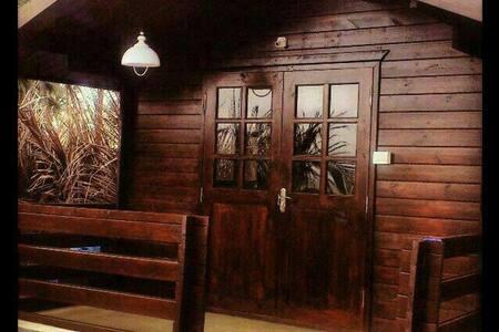 Rudys A/C Cottage @ Calangute Beach - Calangute - Blockhütte