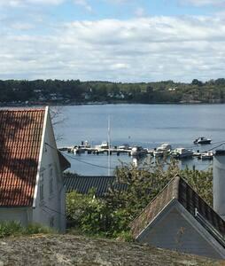 Idyllisk feriebolig ytterst på Nøtterøy - Blockhütte