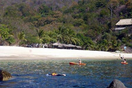 Habitacion doble  Playa la Boquilla - Blockhütte