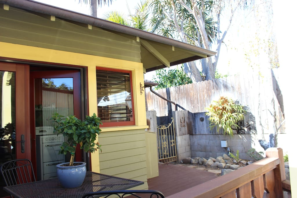 Private Cozy One Bedroom Apartments For Rent In Santa Barbara