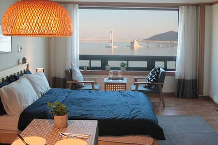 OceanView/Beach/광안리 바다를 품다! 지니하우스#2 - Apartment