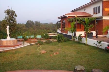 RutuDarshan_the pool villa - Bungaló