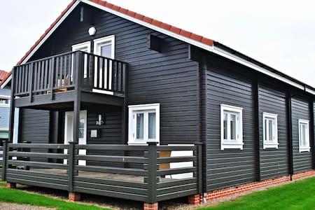 Luxury Scandinavian Lodge Norfolk - Fritton - House