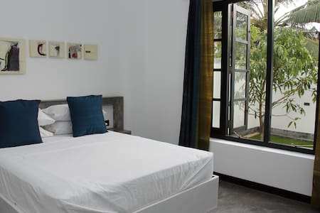 Flying Lotus Luxury Apartment - Mirissa - Pis