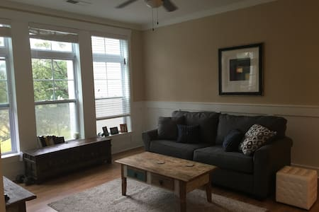 Brand New Peaceful Condo near Beach - Wilmington - Appartement en résidence