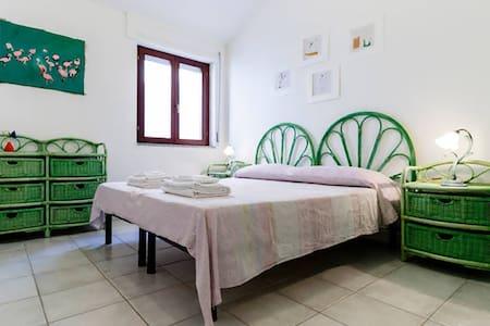 Càrilla  Artemisia Room - Apartment