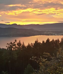 Rose Valley Retreat - West Kelowna - Bed & Breakfast