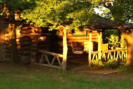 Rustic Log Cabins - Hector