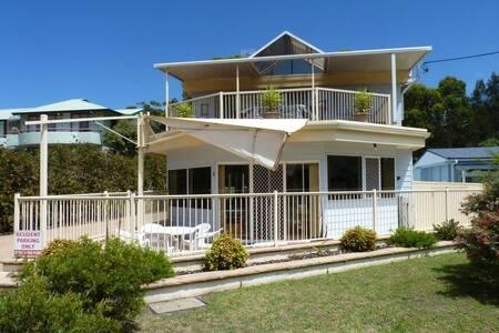 Mitchell Parades Seascape - Mollymook Beach - Apartemen