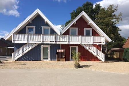 Haus VINDÖ und Haus SKAGEN Appartment für 1-2 Pers - Papenburg - Appartement