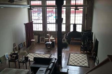LARGE & UNIQUE LOFT - EASTERN MARKET/DOWNTOWN - Detroit