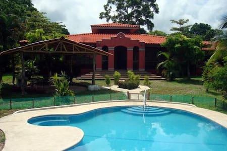 Quinta Crisso Costa Rica - Orotina - House