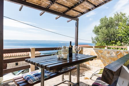 Beautiful sea view, family apartment with 2 BD - Appartamento