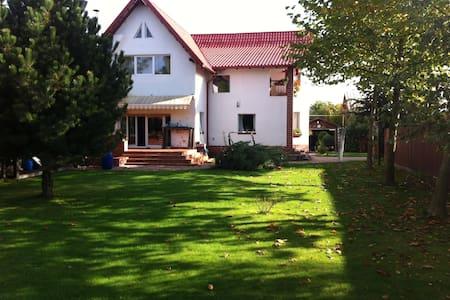 Villa in Breaza,Romania - Breaza de Sus - Villa