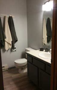 Private bed/bath Big Sky MT - Gallatin Gateway - Radhus