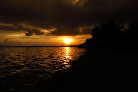 Vacation Home at Charlotte Harbor -Only March left - Punta Gorda - Huis