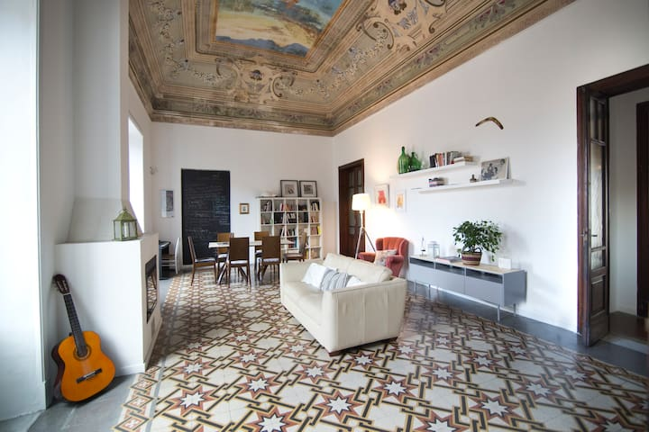 Apartment in the heart of Catania - Apartment