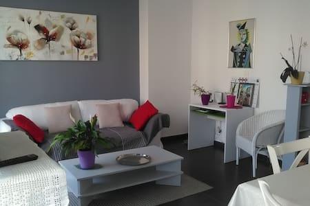 T4 moderne, confortable et lumineux-proche de tout - La Seyne-sur-Mer - Appartamento
