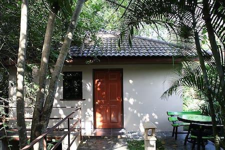Adventure Resort (Bungalow Nr. 1) - Bungalow