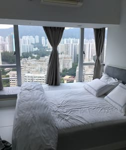 Beautiful Modern 3 Bed Apartment - Kowloon City - Apartment