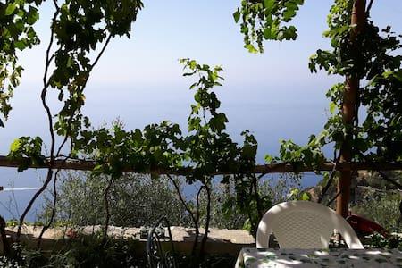 """Il Casone"" Casa vacanze in costa d'Amalfi - Haus"