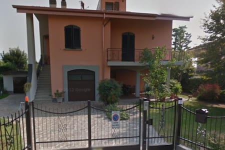 Trilocale in Villa - Costa di Mezzate - Apartamento