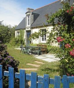 penty breton avec jardin clos - Guilvinec