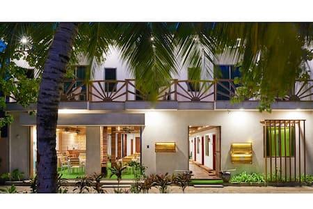 Masaaree Boutique Hotel Deluxe Room - Bed & Breakfast