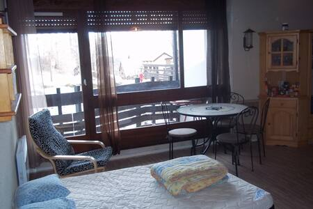 Appartement n'105 résidence le zéni - Enchastrayes - Apartment
