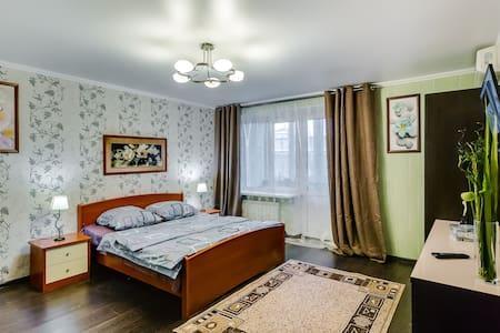 ЛЮКС на Семашко №1 - Rostov