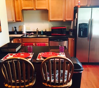 Charming 2-bedroom Oxford Condo! - Oxford - Apartment