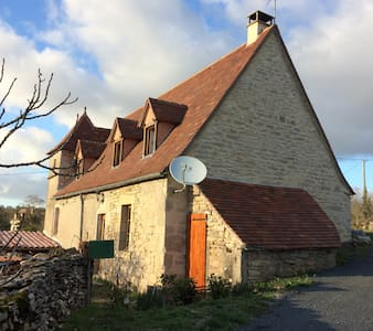 Maison quercynoise typique - Casa