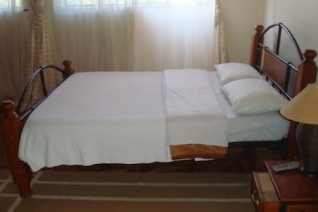 Cozy private room 3 with WiFi - Nairobi - Apartment