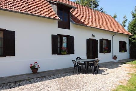 Maison entre Terre et Mer - Assigny - Hus
