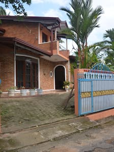 House of Charming - Rumah