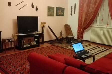 Villa singola a 5 minuti dall'aeroporto di Linate - Paullo - Rumah