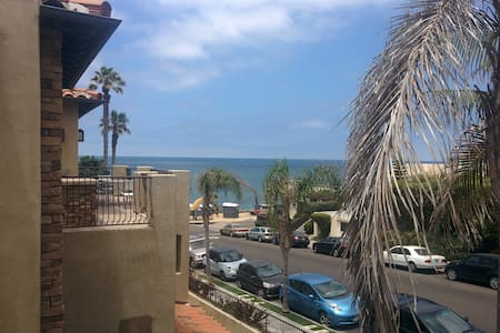 Private Bed & Bathroom, Oceanview, 100 ft to beach - Townhouse