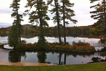 Fall Foliage on Loon Lake - House